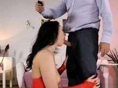 British MILF ass creampied in homemade video