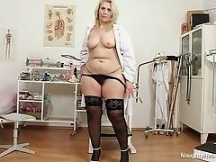 Yvonne - dirty slut nurse