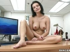 Dark-haired beauty, the sucking hard cock on casting