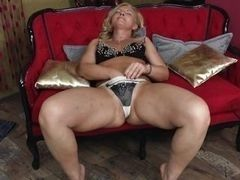 Cool European mature masturbation