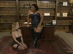 Disobedient blonde learns to obey