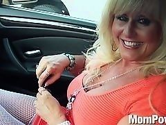 Milf receives assfuck