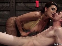 Shemale domme sodomized bangs tall male slave