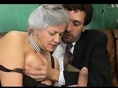 German mature aunt fucks as in youth