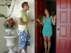 Milf suck outs dry guy in the neighbourhood